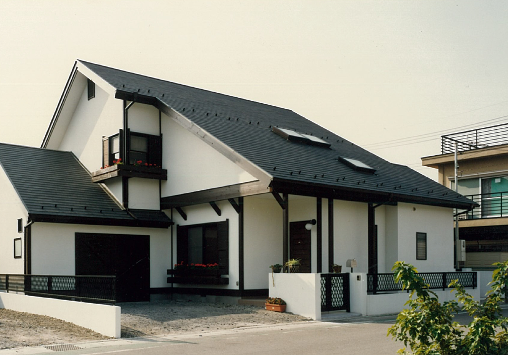 三宅建築設計事務所 志村邸 山梨県 木造 2階建