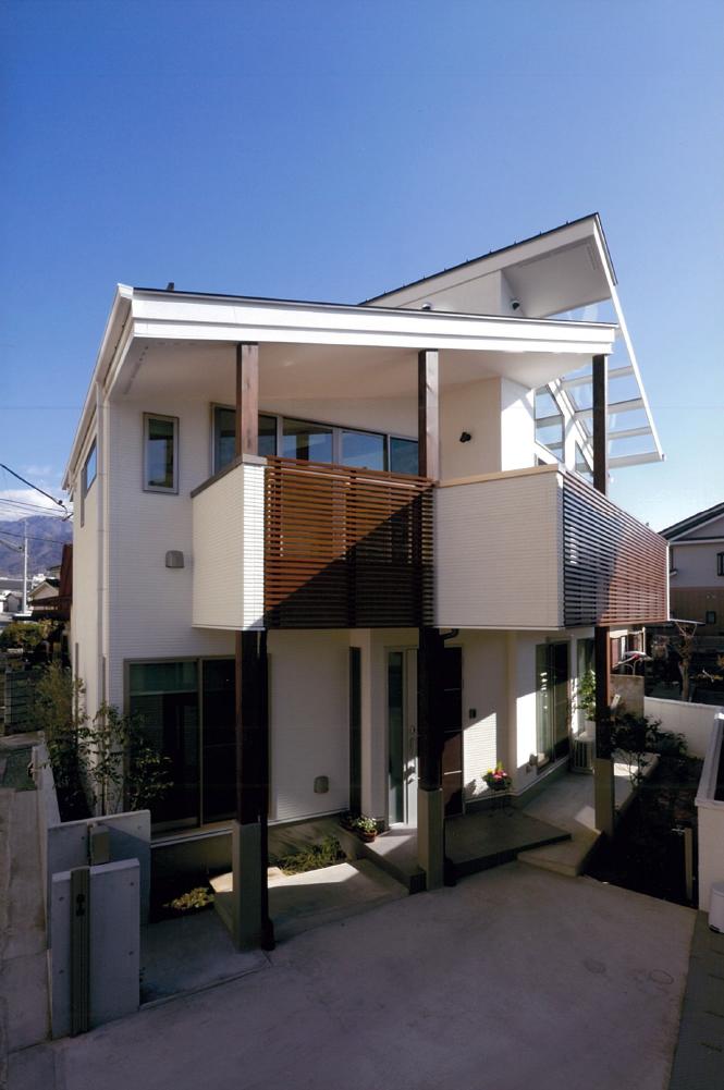 三宅建築設計事務所 内田邸 山梨県 木造 2階建