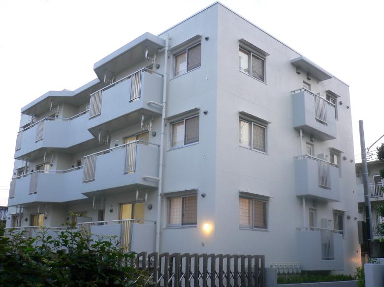 三宅建築設計事務所 日本政策金融公庫一の沢ハイツ 埼玉県 RC造 3階建