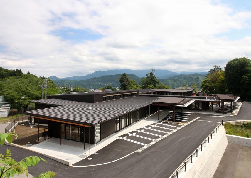 三宅建築設計事務所 新上野原保育所 山梨県 鉄筋コンクリ-ト造 7階建