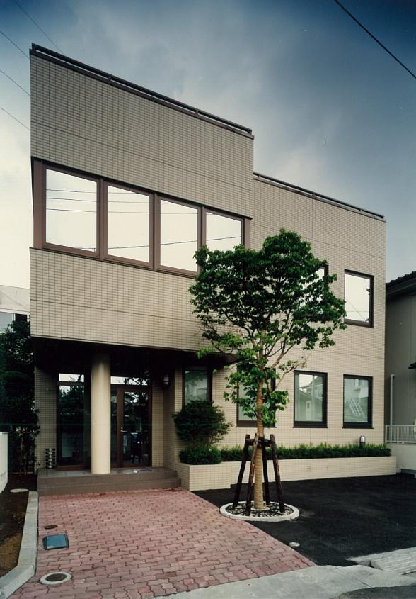 三宅建築設計事務所 ジュワイエ サトウ事務所ビル 山梨県 鉄骨造 2階建